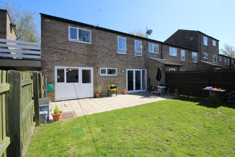 4 Bedrooms End Of Terrace House for sale in Barnstock, Bretton, Peterborough, PE3