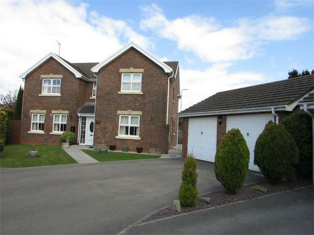 4 Bedrooms Detached House for sale in Dyffryn Woods, Bryncoch, Neath, West Glamorgan