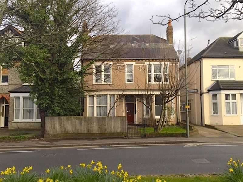 2 Bedrooms Apartment Flat for sale in Cambridge Road, Bromley