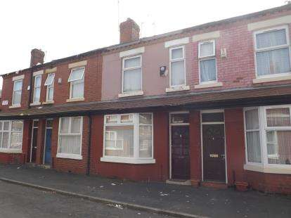 3 Bedrooms Terraced House for sale in Cadogan Street, Manchester, Greater Manchester