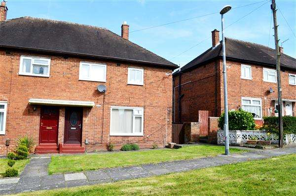 3 Bedrooms Semi Detached House for sale in Davy Close, Bucknall, Stoke-On-Trent