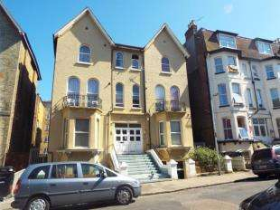 1 Bedroom Flat for sale in Athelstan Road, Margate, Kent