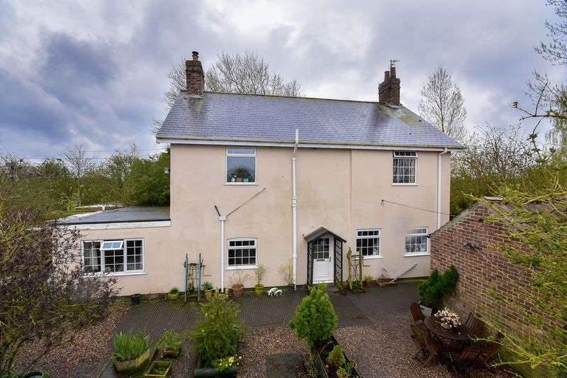 4 Bedrooms Detached House for sale in Holland Fen, Lincoln