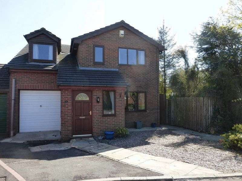 4 Bedrooms Detached House for sale in The Cloisters, Tarleton, Preston