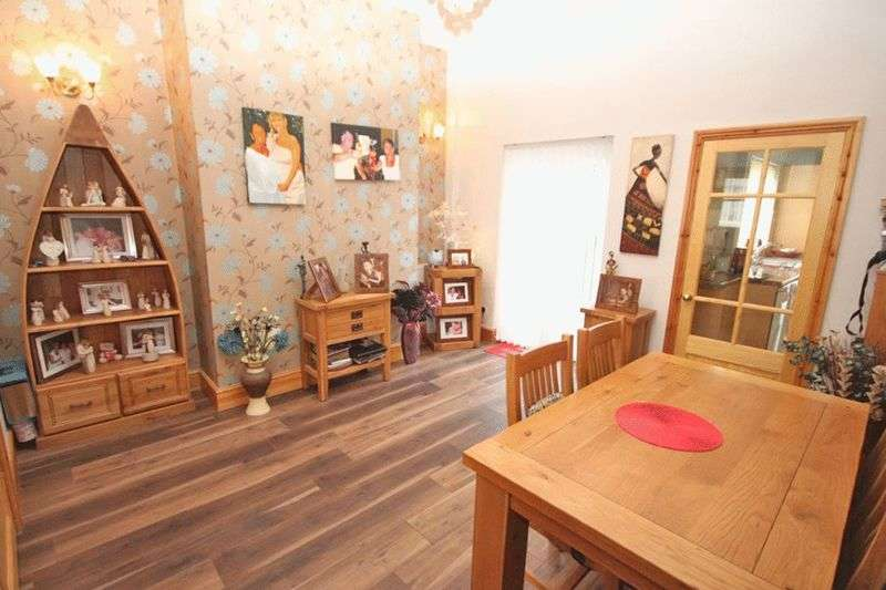 3 Bedrooms Terraced House for sale in LORD STREET, GRIMSBY
