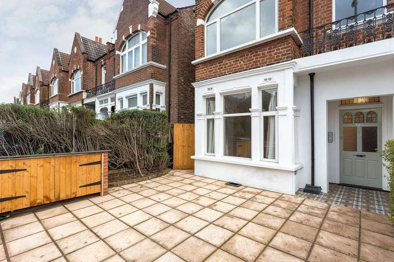 2 Bedrooms Flat for sale in Mitcham Lane, London SW16