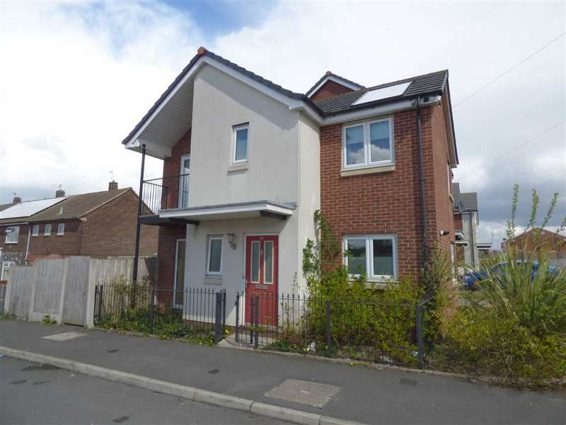 3 Bedrooms Property for sale in Castlerigg Drive, Middleton, Manchester, M24