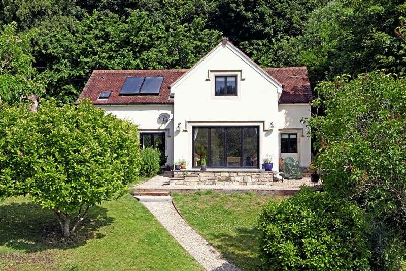 4 Bedrooms House for sale in Fonthill Gifford, Nadder Valley
