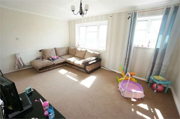 2 Bedrooms Flat for sale in Arthur Bliss Road, NEWPORT
