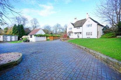 4 Bedrooms Equestrian Facility Character Property for sale in High Street, Old Whittington, Chesterfield, Derbyshire