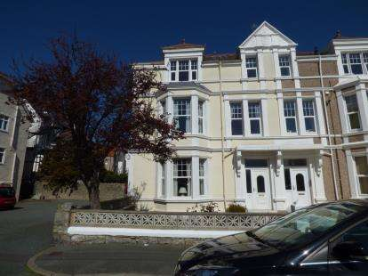 8 Bedrooms Semi Detached House for sale in Salisbury Road, Llandudno, Conwy, LL30