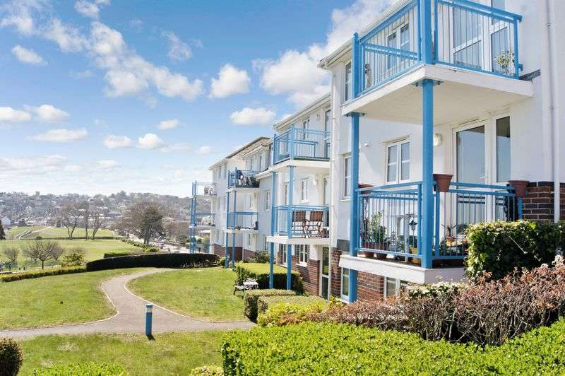 1 Bedroom Retirement Property for sale in St Aldhelms Court, Swanage, BH19 1NS