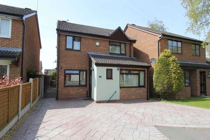 5 Bedrooms Detached House for sale in Country Meadows, Market Drayton