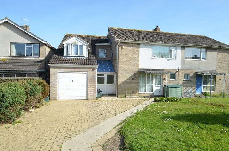 6 Bedrooms Semi Detached House for sale in Southill, Weymouth