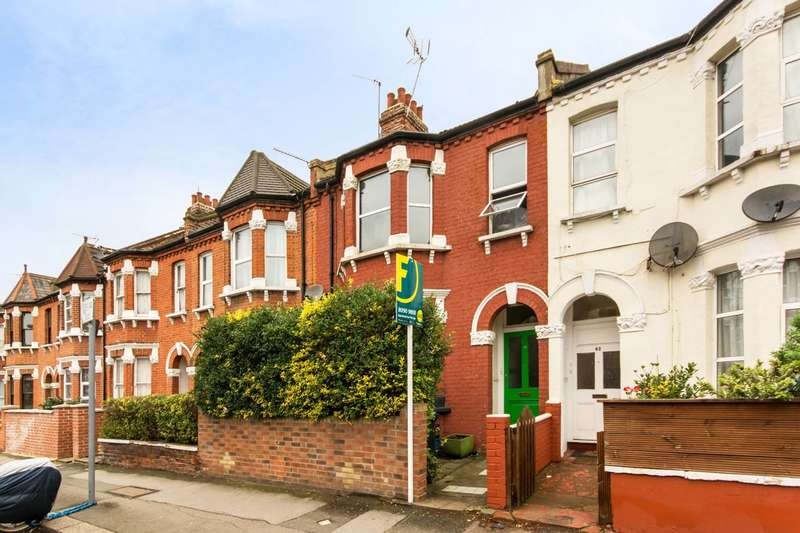 3 Bedrooms Maisonette Flat for sale in Mora Road, Cricklewood, NW2