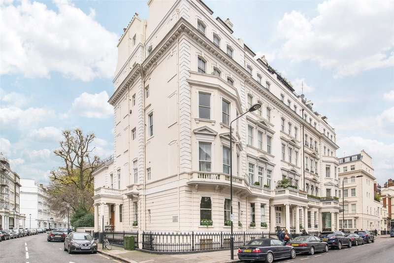 2 Bedrooms Flat for sale in Cornwall Gardens, London, SW7