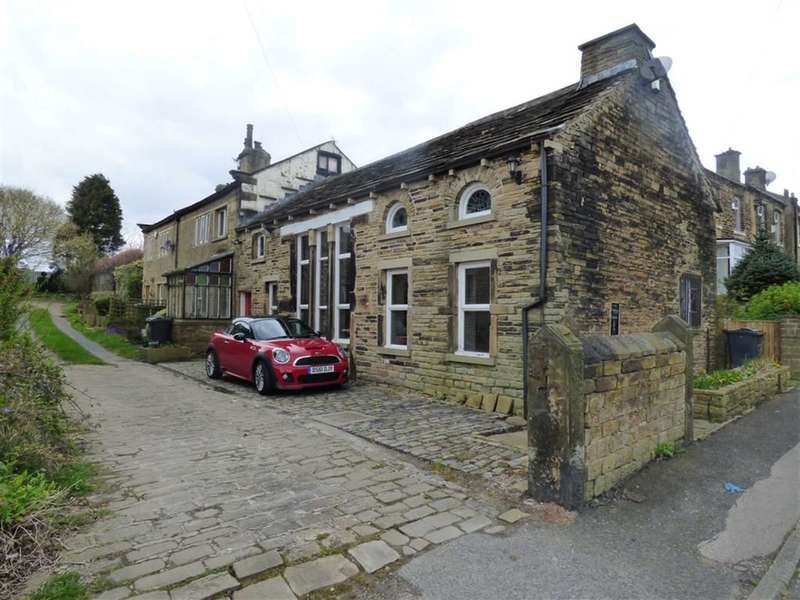 2 Bedrooms Property for sale in Crosland Hill Road, Crosland Hill, HUDDERSFIELD, West Yorkshire, HD4