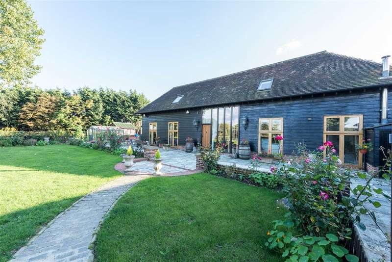 10 Bedrooms Barn Conversion Character Property for sale in The Barn, White Elm Road, Bicknacre (nr. Danbury)
