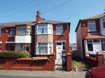 3 Bedrooms End Of Terrace House for sale in Worcester Road, Blackpool, Lancashire, FY3