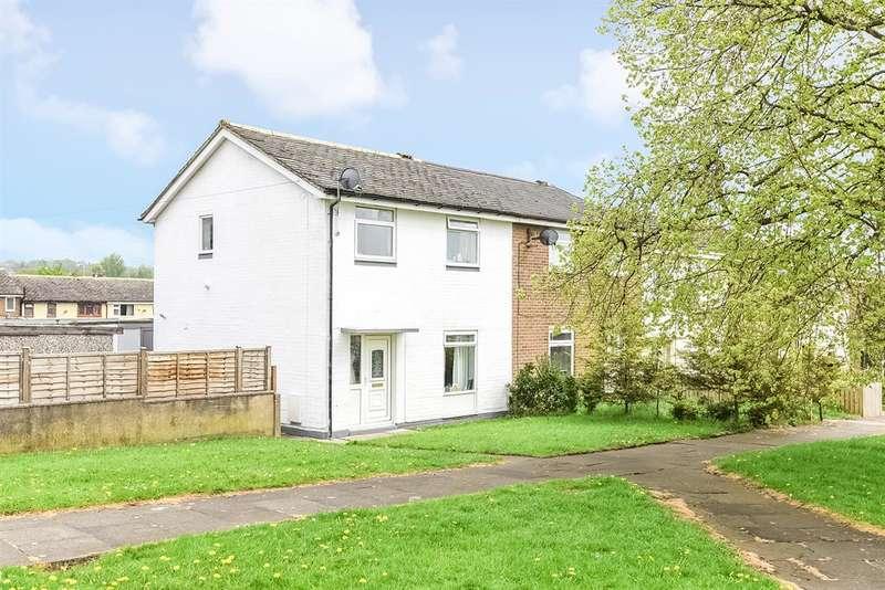 3 Bedrooms Semi Detached House for sale in Greenlea Avenue, Yeadon, Leeds, LS19 7SL