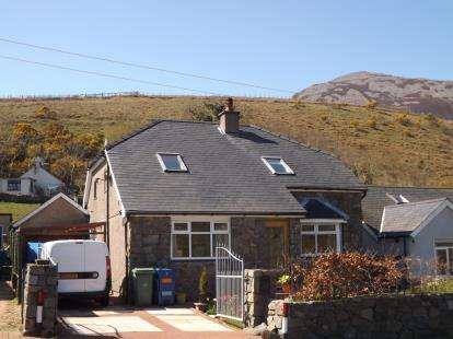House for sale in Llanaelhaearn, Caernarfon, Gwynedd, LL54