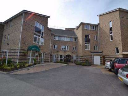 1 Bedroom Flat for sale in Hazel Road, Altrincham, Greater Manchester