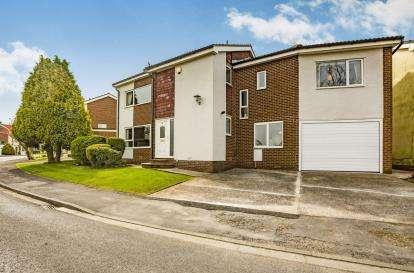 5 Bedrooms Detached House for sale in Bosburn Drive, Mellor Brook, Blackburn, Lancashire