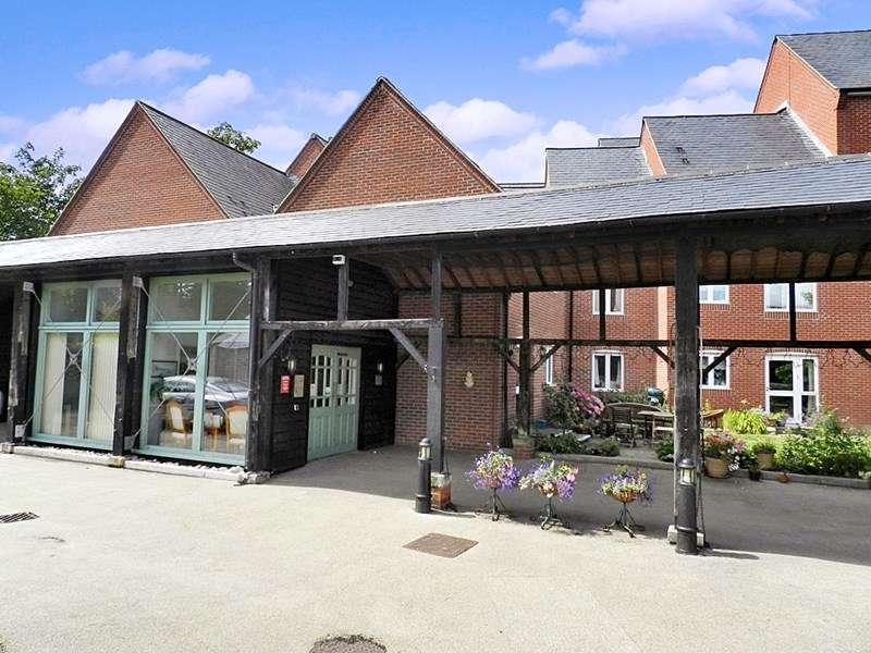 1 Bedroom Retirement Property for sale in Watermill Court, Havant, PO9 1ED