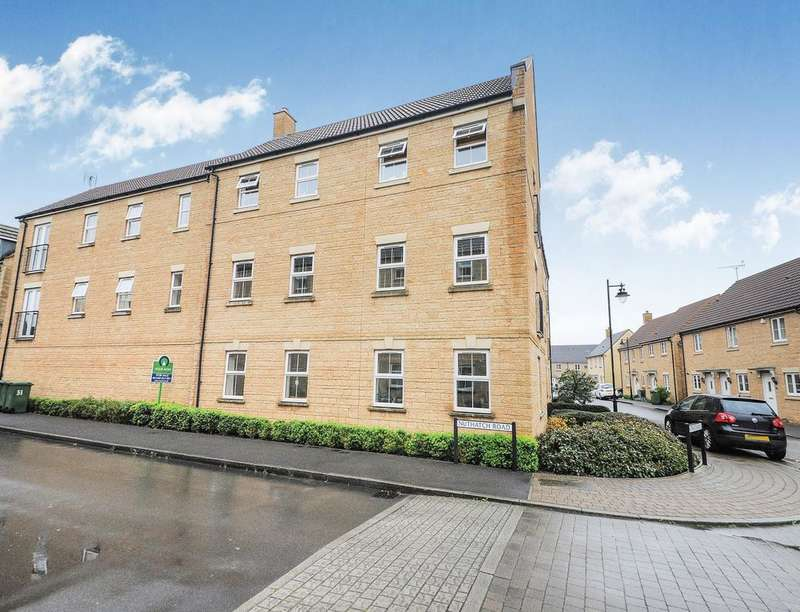 2 Bedrooms Flat for sale in Nuthatch Road, Calne, SN11