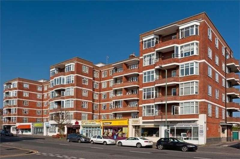 3 Bedrooms Flat for sale in Hove Street, Hove