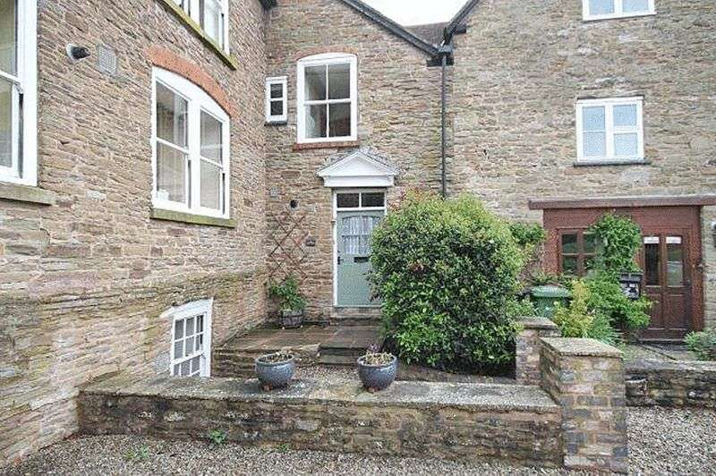 3 Bedrooms Property for sale in BROMYARD