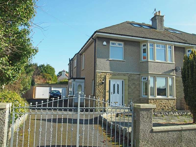 2 Bedrooms Flat for sale in Mount Avenue, Bare, Morecambe