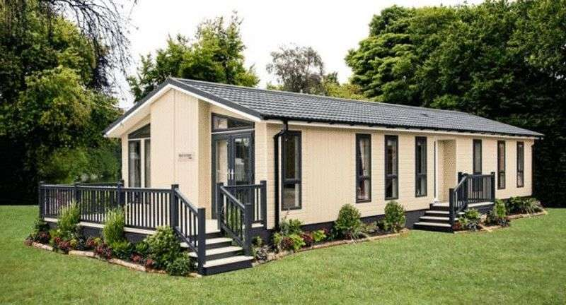 2 Bedrooms Bungalow for sale in Plot 5, Port Werburgh Residential Park, Rochester, Kent