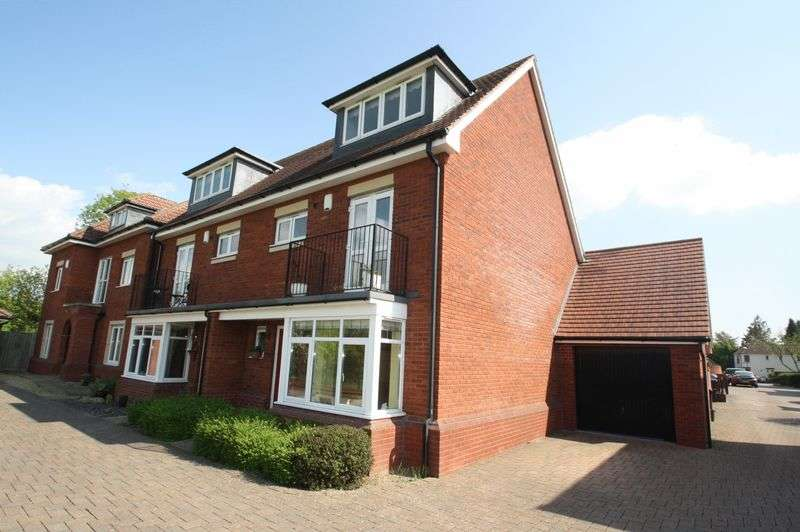 4 Bedrooms Semi Detached House for sale in Maple Park, Whitchurch, Bristol, BS14
