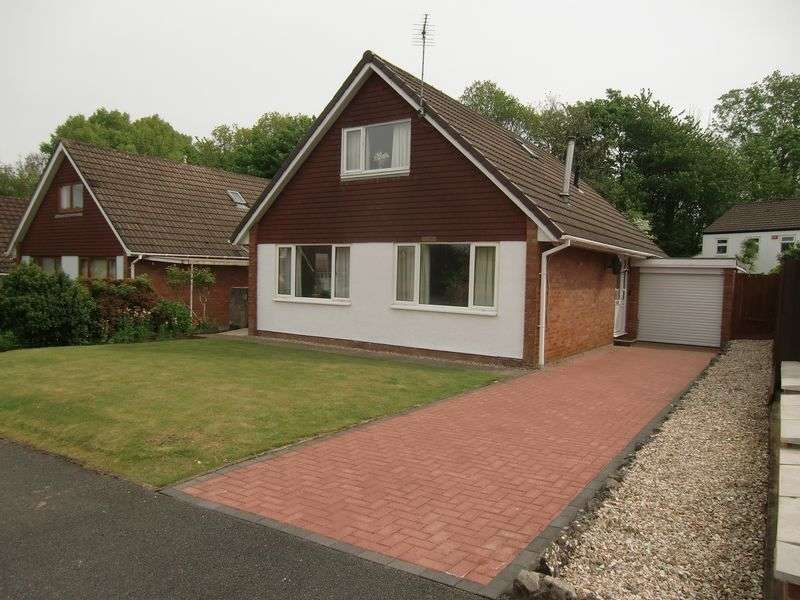 4 Bedrooms Detached House for sale in Castle Lea, Caldicot