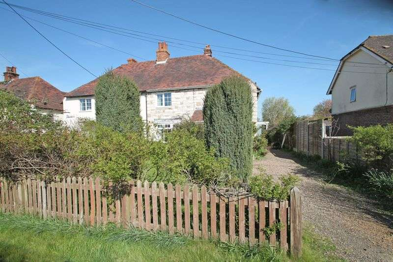 3 Bedrooms Semi Detached House for sale in Catts Place, Paddock Wood