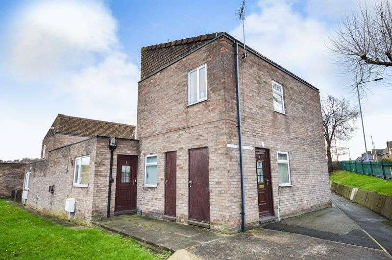 3 Bedrooms Semi Detached House for sale in The Lanes, Rotherham