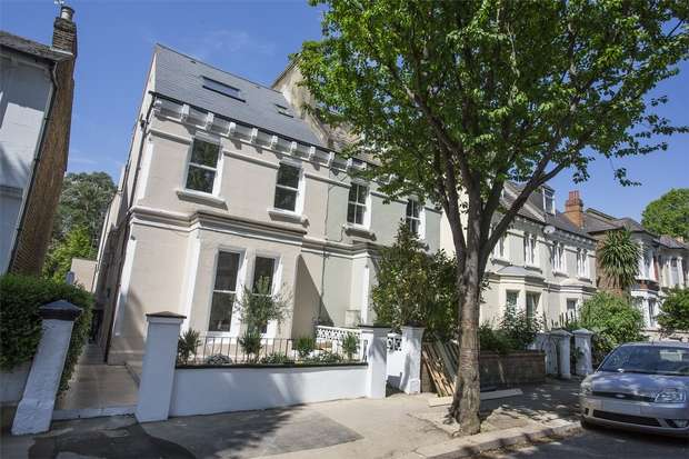 2 Bedrooms Flat for sale in Mansell Road, Acton