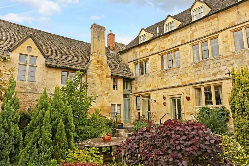 3 Bedrooms Terraced House for sale in The George, High Street, Winchcombe, Cheltenham, GL54