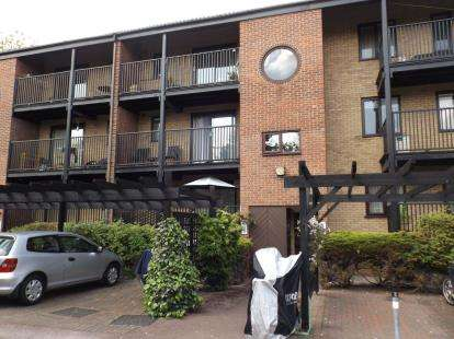 Flat for sale in Castle Gardens, Lenton, Nottingham