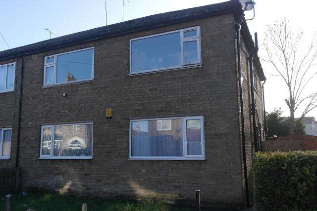 2 Bedrooms Flat for sale in Cranbourne Street, Hull, HU3 1PP
