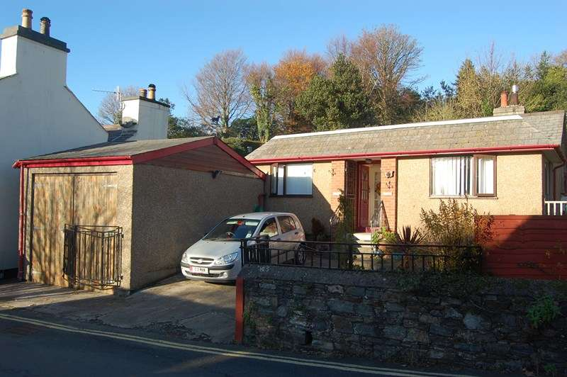 3 Bedrooms Detached Bungalow for sale in Quarry Road, Laxey, IM4 7DU