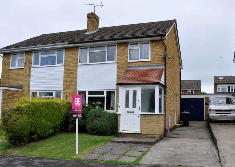 3 Bedrooms Semi Detached House for sale in Chinnor