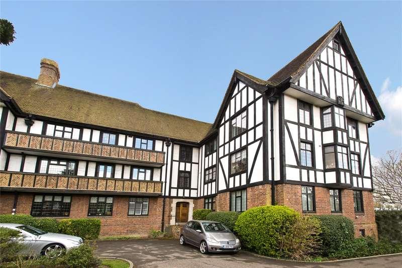 2 Bedrooms Flat for sale in Queens Close, Lammas Lane, Esher, Surrey, KT10