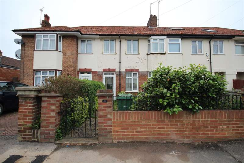 3 Bedrooms Property for sale in Sunningdale Avenue, London