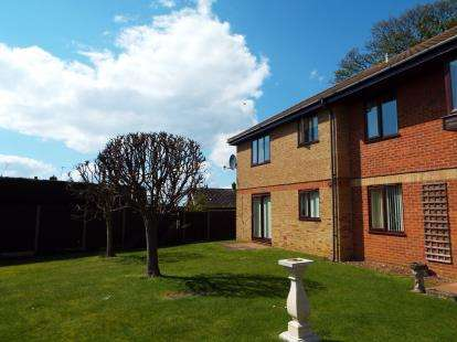 2 Bedrooms Flat for sale in Hunstanton, Norfolk