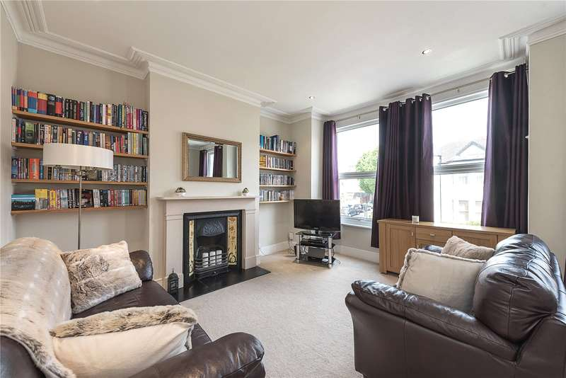 2 Bedrooms Flat for sale in Colney Hatch Lane, Muswell Hill, London, N10
