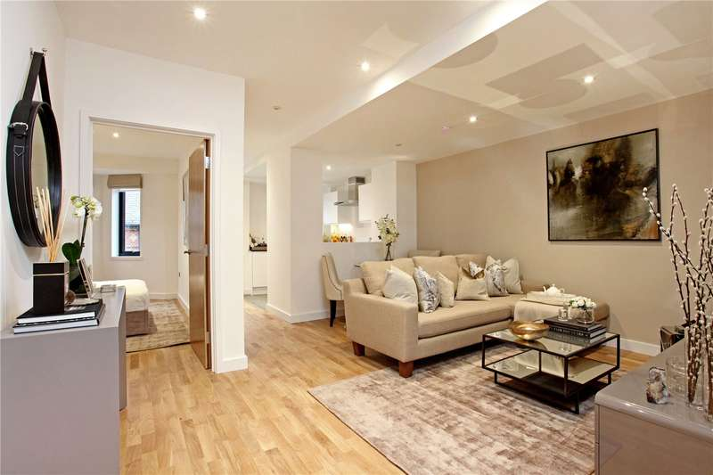 1 Bedroom Flat for sale in St Leonards Road, Windsor, Berkshire, SL4