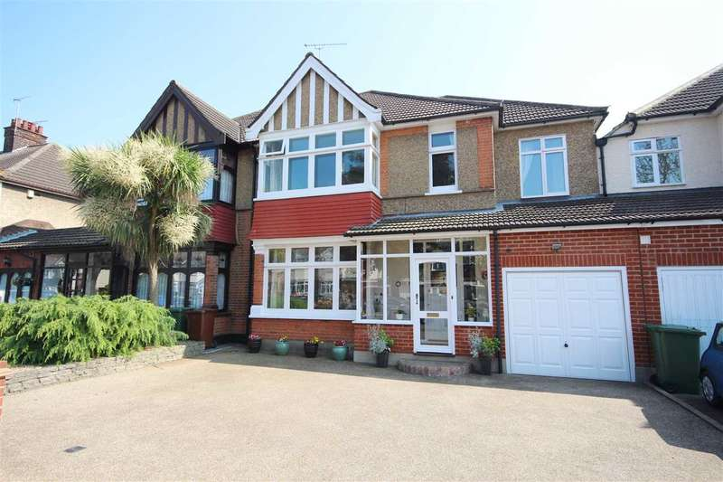 4 Bedrooms Semi Detached House for sale in Ward Avenue