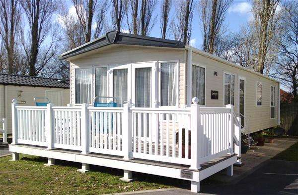 2 Bedrooms Park Home Mobile Home for sale in The Meadows, Rockley Park, Poole